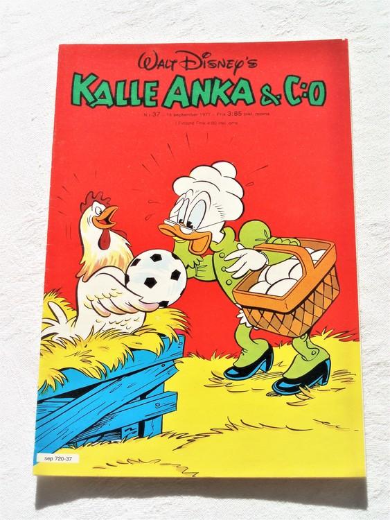Kalle Anka&Co nr37 1977 mycket bra skick,adressetikett baksida.