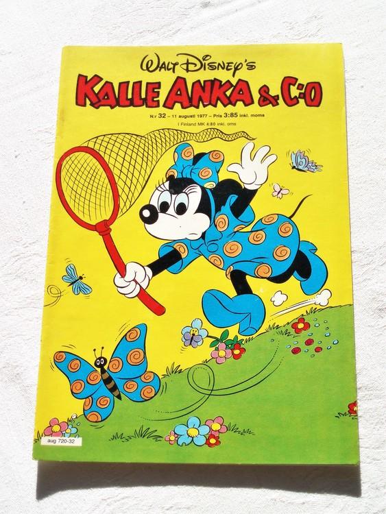 Kalle Anka&Co nr32 1977 mycket bra skick,adressetikett baksida.