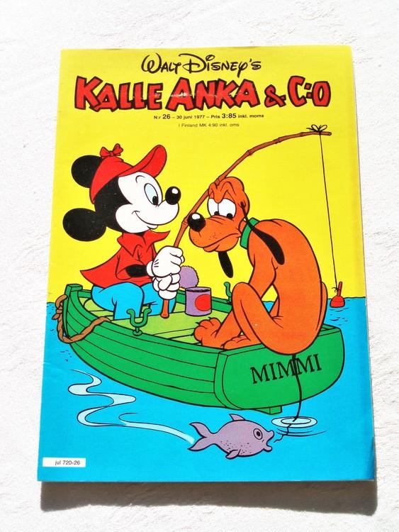 Kalle Anka&Co nr26 1977 mycket bra skick,adressetikett baksida.