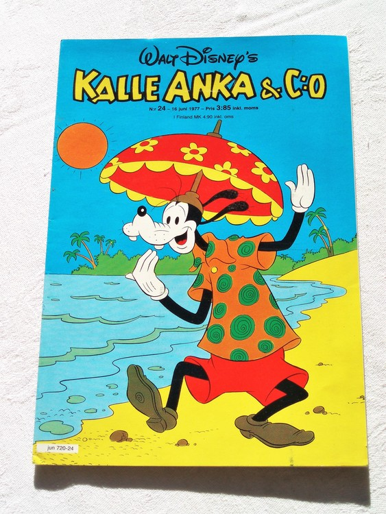 Kalle Anka&Co nr24 1977 mycket bra skick,adressetikett baksida.