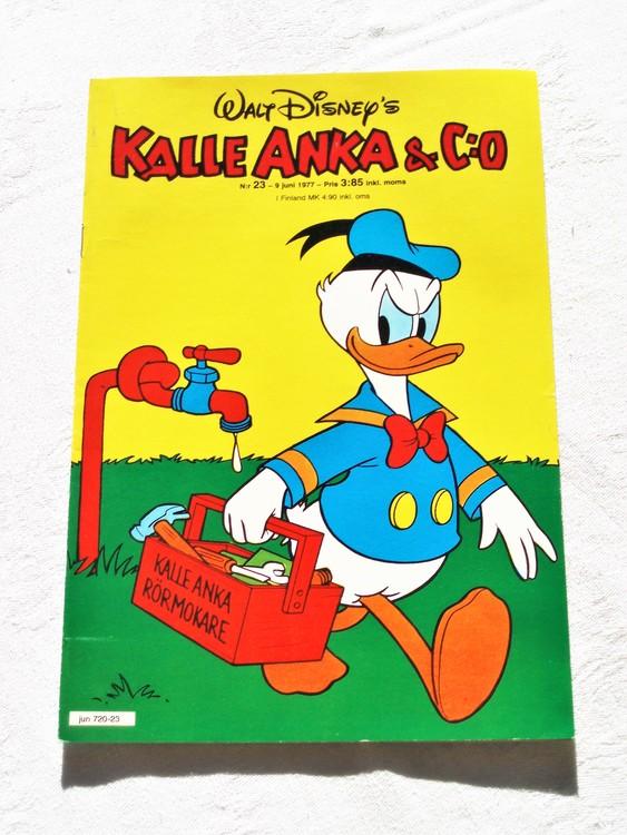 Kalle Anka&Co nr23 1977 mycket bra skick,adressetikett baksida.