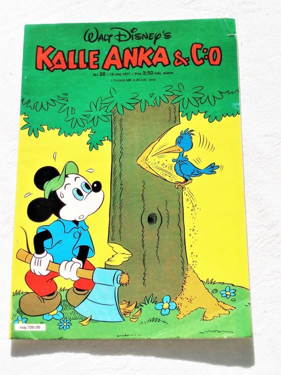 Kalle Anka&Co nr20 1977 mycket bra skick,adressetikett baksida.