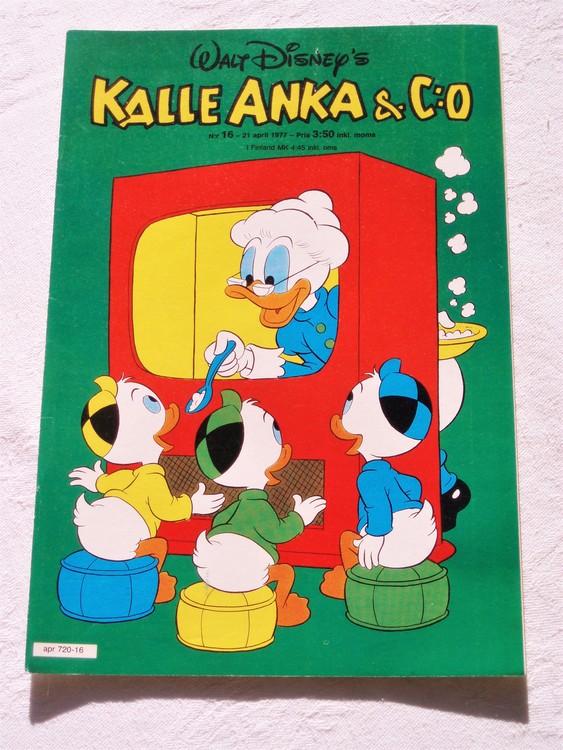Kalle Anka&Co nr16 1977 mycket bra skick,adressetikett baksida.