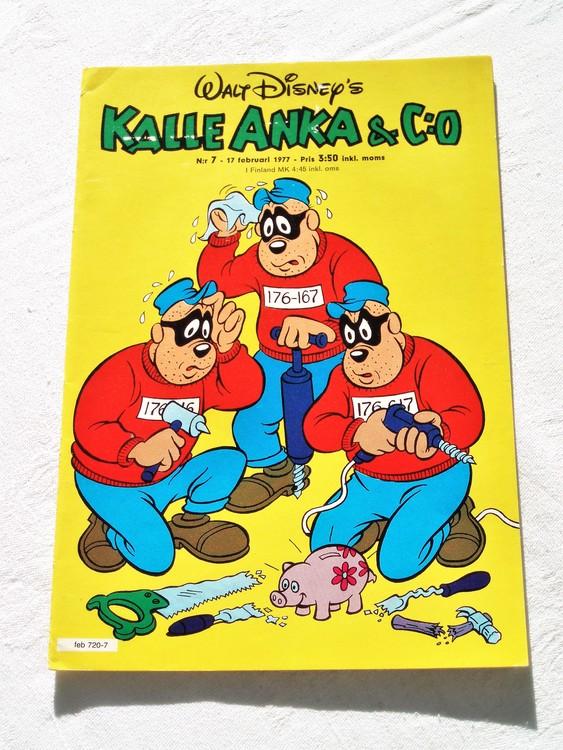 Kalle Anka&Co nr7 1977 mycket bra skick,adressetikett baksida.