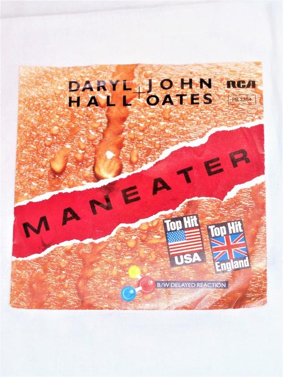 """Daryll Hall John Oates"""" Maneater"""" mycket bra skick."""