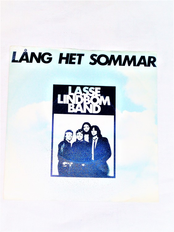 """Lasse Lindbom Band """"Lång Het Sommar"""" mycket bra skick."""