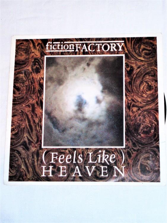 """Fiction Factory """"Feels Like Heaven"""" mycket bra skick."""