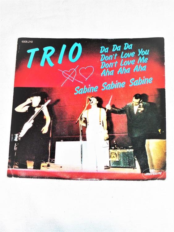 """Trio """"Da Da Da"""" mycket bra skick."""