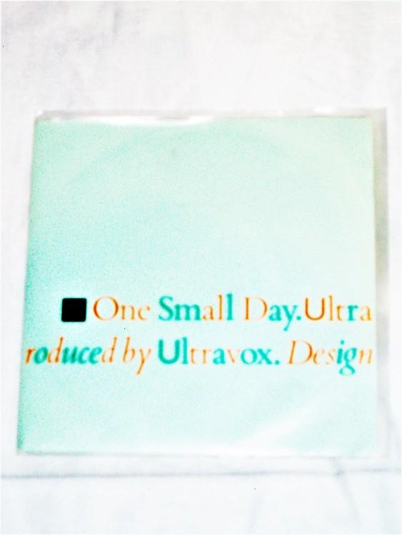 "Ultravox ""One Small Day"" mycket bra skick."