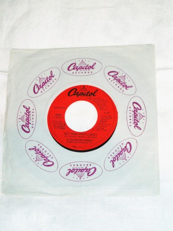 """A Taste Of Honey""""Rescue Me""""1980 mycket bra skick."""