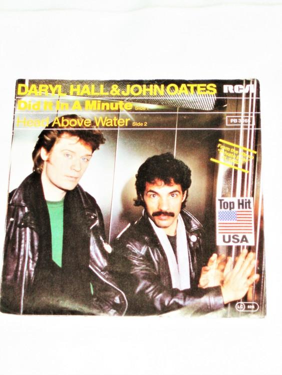 """Daryl Hall & John Oates """"Did It In A Minute"""" mycket bra skick."""