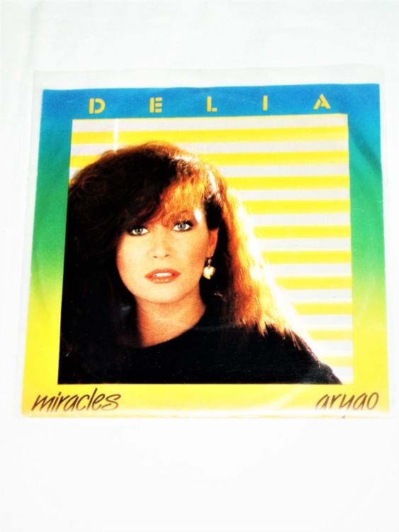 """Delia """"Miracles"""" mycket bra skick."""