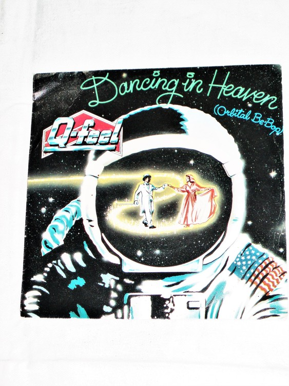 """Q-Feel """"Dancing In Heaven"""" mycket bra skick."""