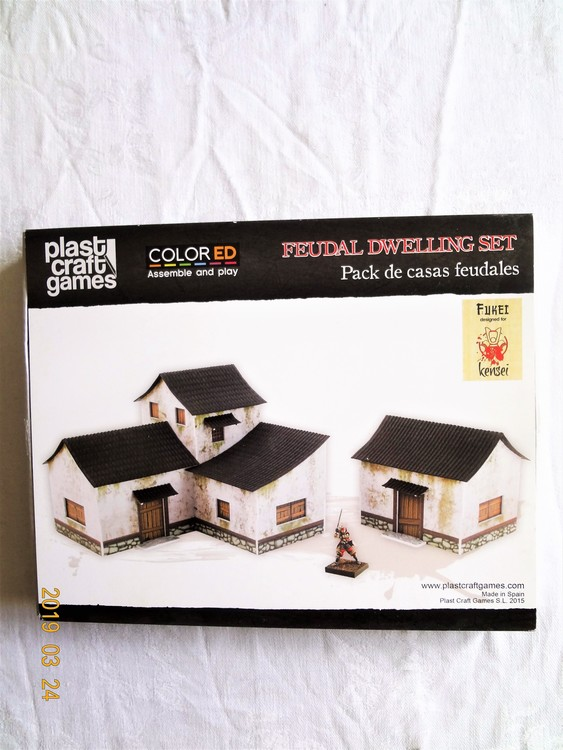 """Byggmodell Plast Craft Games """"Feodala byggnader""""Färg S.L 2015"""