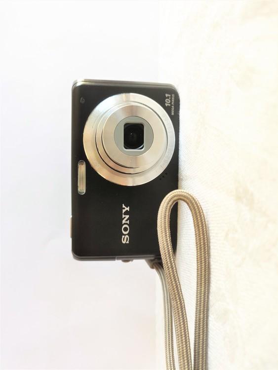 Sony Cyber-shot DSC-W180 10.1 Megapixel Kompaktkamera.