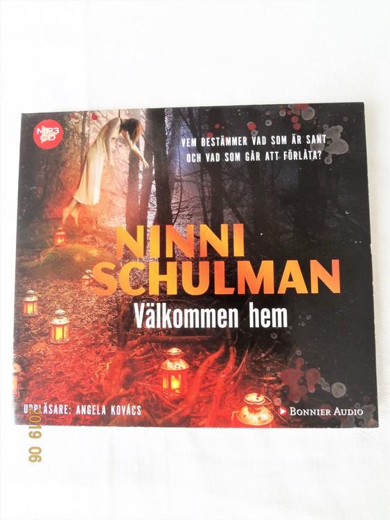 """Ninni Schulman""""Välkommen Hem""""mycket bra skick begagnad."""