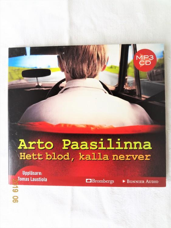 """Arto Paasilinna """"Hett Blod Kalla Nerver"""" mycket bra skick begagnad."""