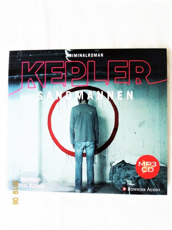 "Lars Kepler ""Sandmannen"" mycket bra skick begagnad."