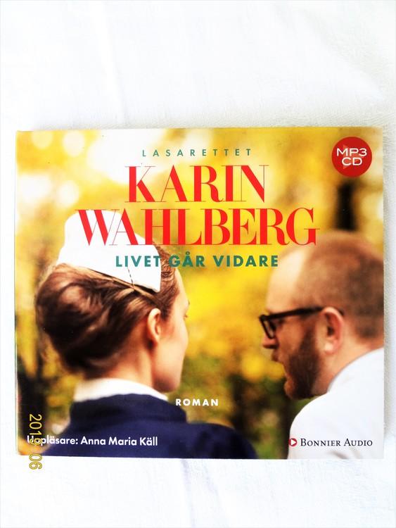 """Karin Wahlberg """"Livet går Vidare"""" mycket bra skick begagnad."""