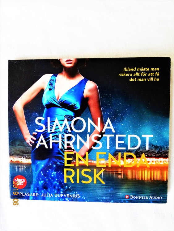 "Simona Ahrnstedt ""En enda Risk"" mycket bra skick begagnad."