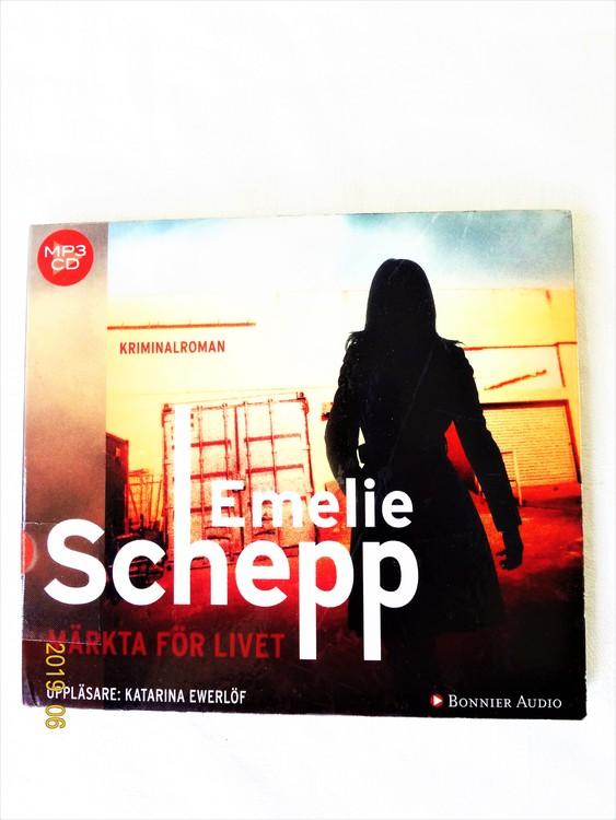 """Emelie Schepp """"Märkta för Livet"""" mycket bra skick begagnad."""