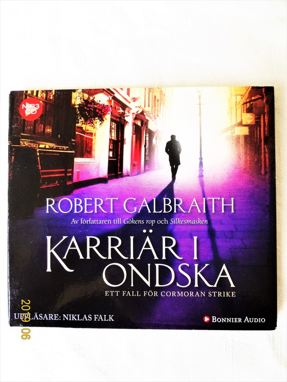 """Robert Calbraith """"Karriär i Onska"""" mycket bra skick begagnad."""