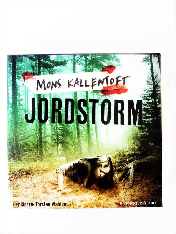 """Mons Kallentoft """"Jordstorm"""" mycket bra skick begagnad."""