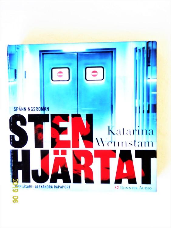 """Katarina Wennstam """"Stenhjärtat"""" mycket bra skick begagnad."""