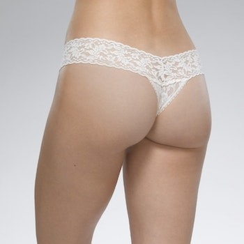 String Signature Lace Low Rise thong Wild Orchid - Hanky Panky