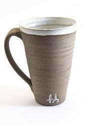 Kaffekopp i granit lera