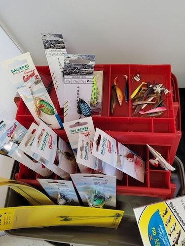 Lucky Box - Laddad fiskelåda. först till kvarn gäller! FRI FRAKT