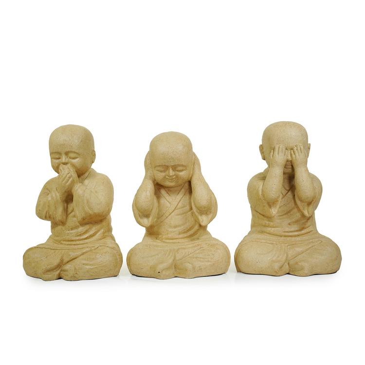 Munk-skulpturer av terrakotta