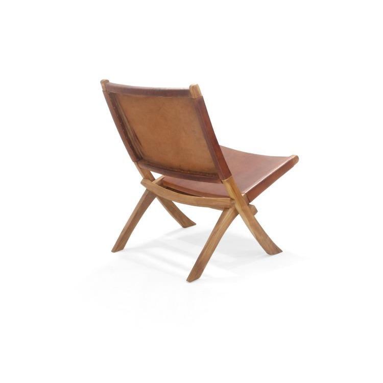 Loungestol av teak med brun lädersits
