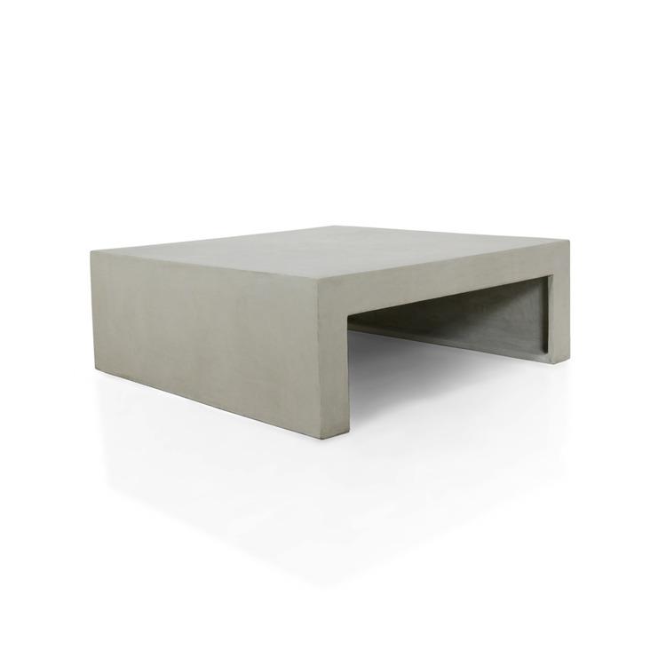 Kvadratiskt soffbord av betong