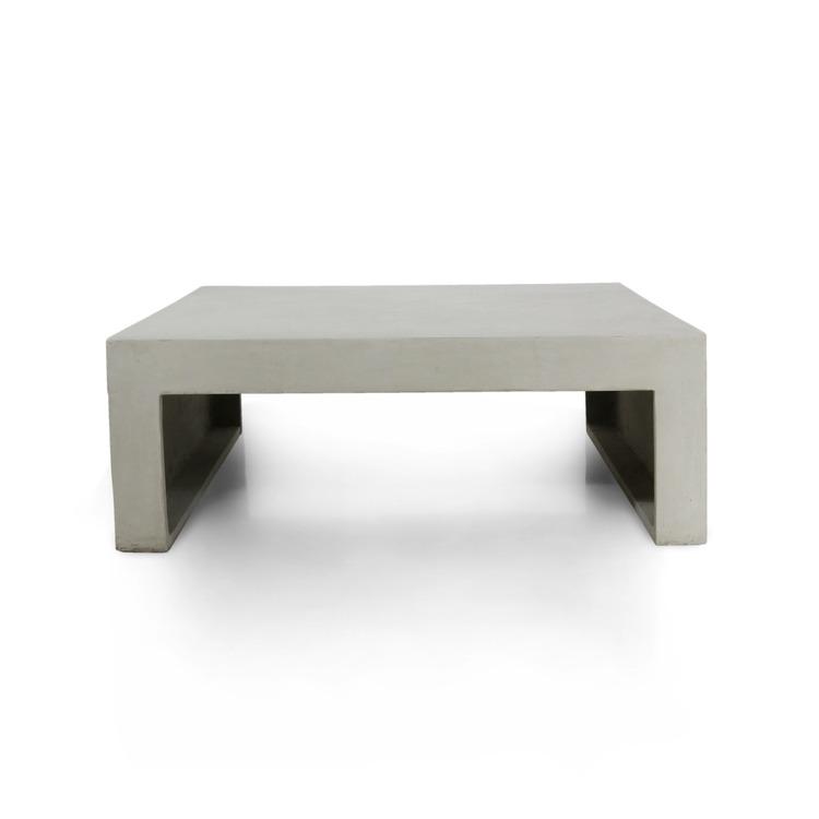 Soffbord av betong sett framifrån