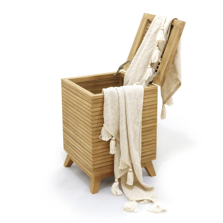JK FORM tvättkorg teak trä