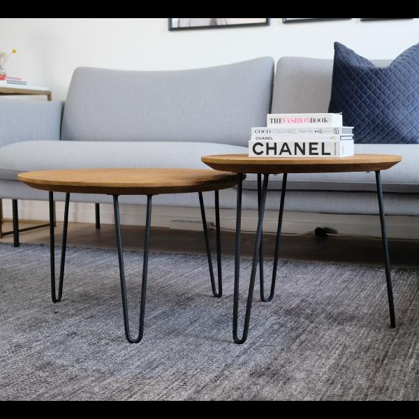 Teaksoffbord och soffa
