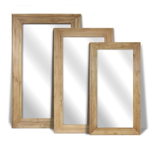 tre speglar i olika storlekar