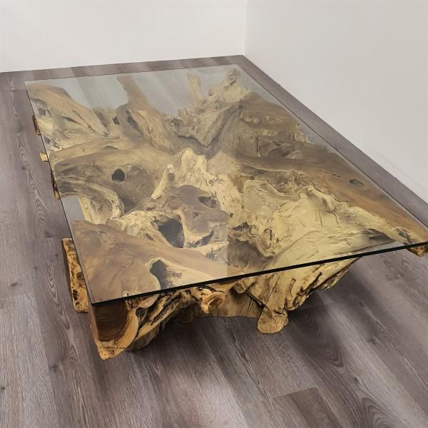 fyrkantigt soffbord av glass och trä