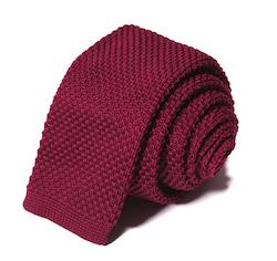 Stickad vinröd slips