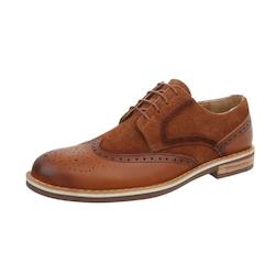 Brun lädersko med brogue mönster