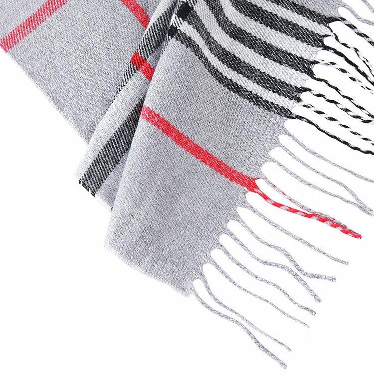 Mjuk mönstrad halsduk