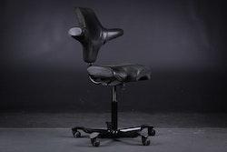 Skrivbordsstol, HÅG Capisco 8106 - Design Peter Opsvik