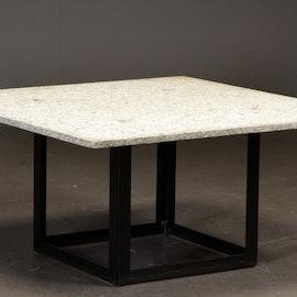 Soffbord med granitskiva - 100 x 100 cm