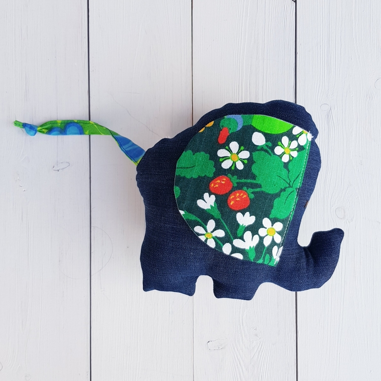 Elefanten FRANK
