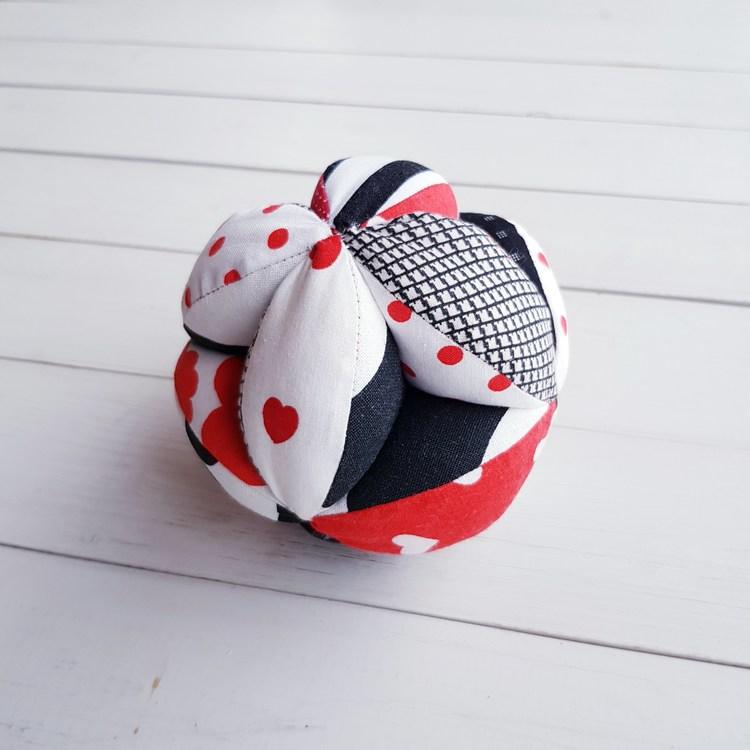 Gripboll svart/vit/röd