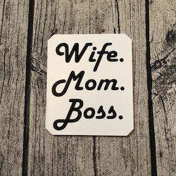 Isskrapa - Wife. Mom. Boss. -