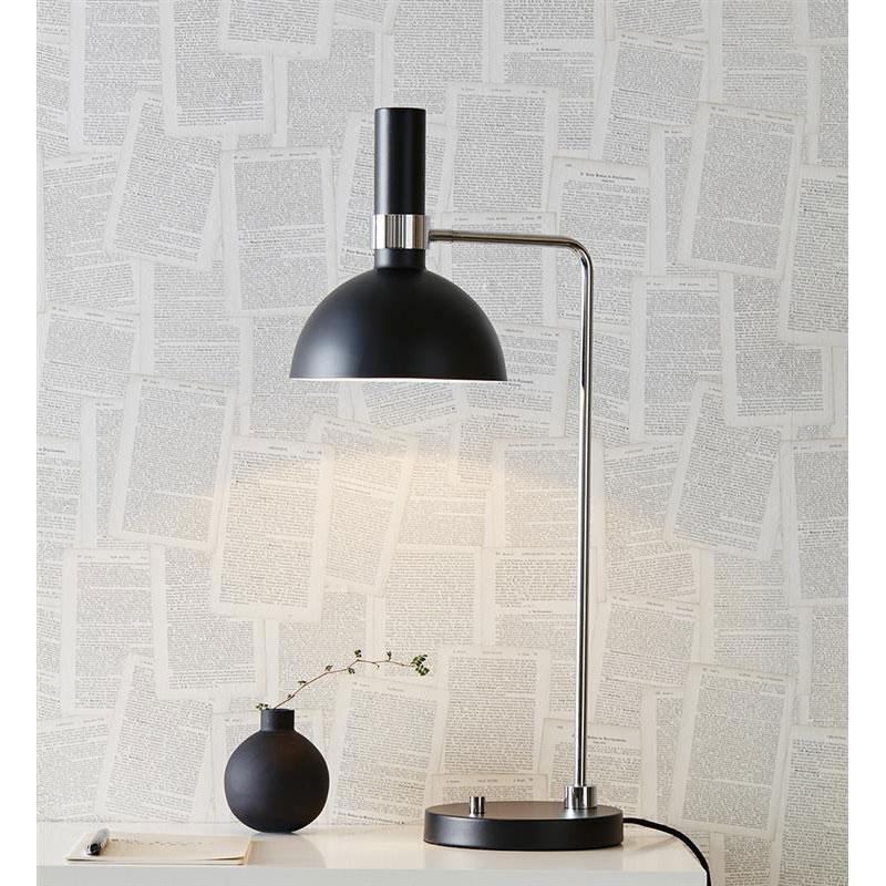 Markslöjd Larry Bordslampa Svart/stål
