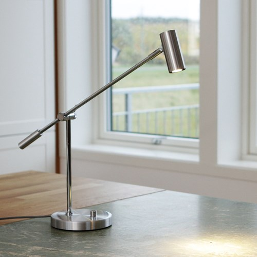 Belid Cato B4751 Bordslampa LED Oxidgrå