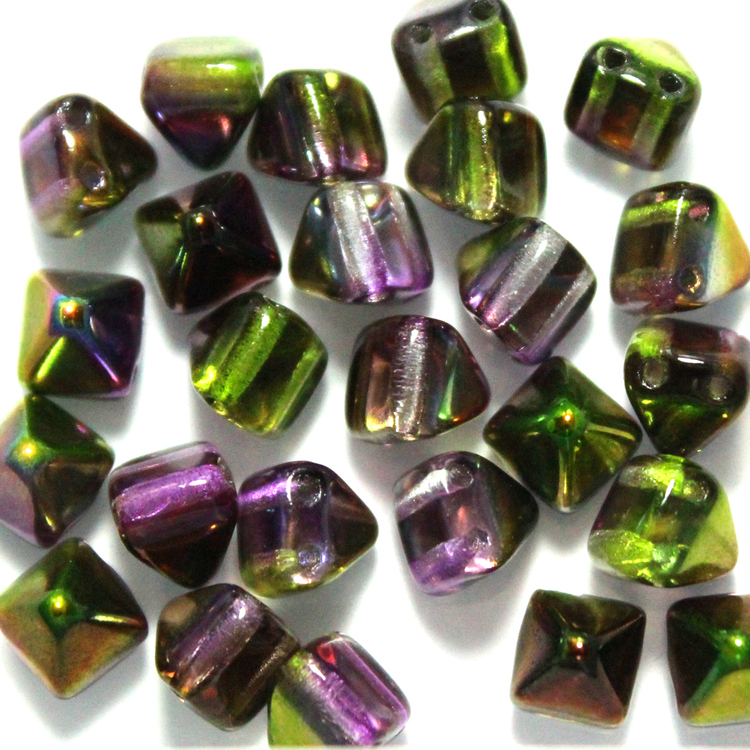Crystal Magic Orchid Pyramid Beads 6x6mm 25st